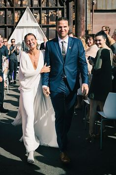 How This Couple Avoided EVERY Wedding Trend Out There+#refinery29