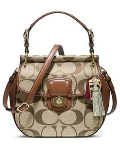 Coach Signature New Willis Cross Body Handbag Coach Signature New Willis Cross Body Handbag. It is an incredible handbag styled by one of the most Iconic Coach lines. It was hand assembled in signature khaki jacquard with berry leather accents. Discount Coach Bags, Coach Bags Outlet, Cheap Coach Bags, Cheap Coach Handbags, Small Handbags, Handbags On Sale, Purses And Handbags, Nice Handbags, Stylish Handbags