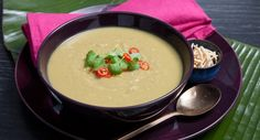It's a tangy Thai twist! Spoon up this tasty Green Pea & Apple Soup from Fuss Free Cooking. Asian Recipes, Easy Recipes, Easy Meals, Ethnic Recipes, Lunch Recipes, Soup Recipes, Vegetarian Recipes, Crispy Noodles, Tasty Thai
