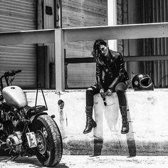 – Biker Chicks – – Top Motorrad And Wallpaper Bobber Motorcycle, Motorcycle Style, Biker Style, Motorcycle Girls, Motorcycle Touring, Motorcycle Camping, Motorcycle Garage, Classic Motorcycle, Motorcycle Quotes