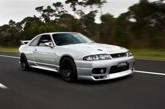 Beautiful R33