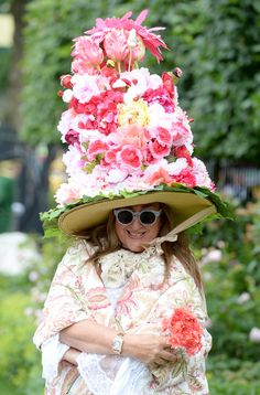 dcecd9cd21e56 44 Pictures Of Hair-Raising Hats From Royal Ascot Ladies Day 2014