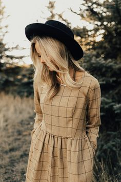 Cute Gold Dresses | ROOLEE