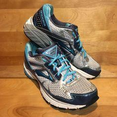Brooks Adrenaline GTS 13 Blue & Silver Running Sneakers Womens Shoe Size  8.5 M