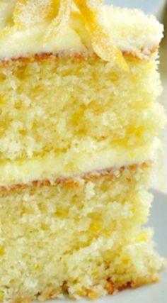 Lemon Velvet Cake ~ A perfectly moist and tender crumbed cake with a lemony buttercream frosting. Lemon Velvet Cake ~ A perfectly moist and tender crumbed cake with a lemony buttercream frosting. Lemon Desserts, Lemon Recipes, Baking Recipes, Delicious Desserts, Dishes Recipes, Baking Desserts, Health Desserts, Food Cakes, Cakes Originales