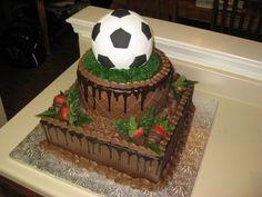 Soccer Cake for wedding for groomsmen something like this Purple Wedding Cakes, Cool Wedding Cakes, Gold Wedding, Dream Wedding, Zombie Wedding Cakes, Cake Albums, Chocolate Footballs, Chocolate Strawberries, Elegant Cakes