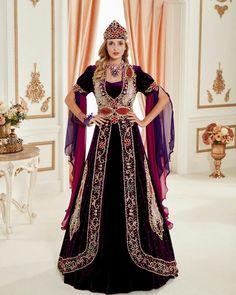 Henna Night, Kaftan, Sari, Princess Zelda, Clothes, Fashion, Saree, Outfits, Moda