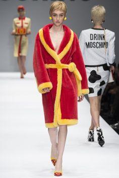 Sfilate Moschino - Collezioni Autunno Inverno 2014-15 - Collezione - Vanity Fair