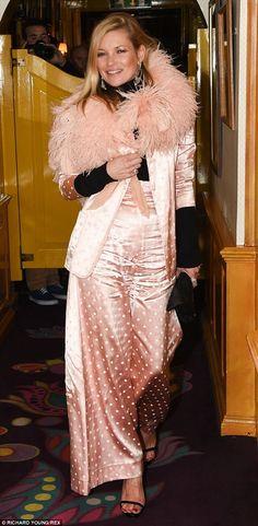 Kate Moss en la fiesta de celebración del 50º aniversario del club londinense Annabel's.