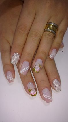 26 modelos de unhas decoradas com rosas unhas decoradas francesinha branca, unhas decoradas delicadas, Cute Nails, Pretty Nails, My Nails, Elegant Nails, Beautiful Nail Designs, Flower Nails, Creative Nails, French Nails, Manicure And Pedicure