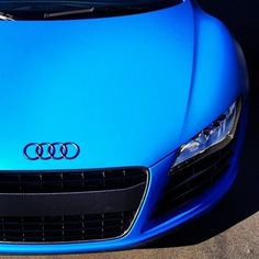 BEAUTIFUL Matte Blue Audi R8