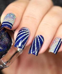 Amazing winter nail designs that will your try 17 - outfital Fingernail Designs, Cute Nail Designs, Gel Nail Art, Gel Nails, Manicure, Matte Nails, Acrylic Nails, Nail Designs With Glitter, Nail Polish
