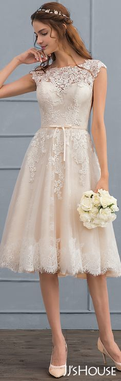 Short Wedding Dresses Ideas For Your Wedding Day Princess Wedding Dresses, Best Wedding Dresses, Wedding Attire, Bridal Dresses, Wedding Gowns, Bridesmaid Dresses, Beach Dresses, Wedding Hijab, Lace Weddings
