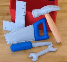 Tool Box and Tool Set Felt Toy PDF Pattern (Hammer, screwdriver, saw, square, wrench) - Spielzeug Sewing Toys, Baby Sewing, Sewing Crafts, Sewing Projects, Diy Projects, Felt Diy, Felt Crafts, Sewing For Kids, Diy For Kids