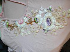 Bordado feito a mão/ embroidery/ handmade