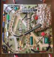 Scarce 1955 Lionel Dealer Display Train Layout, Ex+ Lionel Trains Layout, Picture Editing Software, Train Info, Model Training, Third Rail, Standard Gauge, Model Train Layouts, Train Set, Scale Models