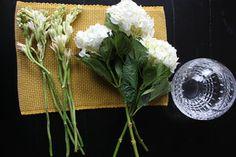 Building hydrangea and tuberose arrangement - Fancy Casual