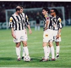 Zidane, Del Piero and Edgar Davids - Juventus FC