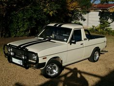 1400 bakkie Nissan, Jdm Cars, Champs, Cars And Motorcycles, Classic Cars, Jaco, Trucks, Vehicles, Projects