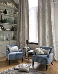 Casamance - MINNEAPOLIS  Chic in design, the Minneapolis collection creatively co-ordinates contrasting curves and lines with the fringed ribbon and a structured voile on silk and taffeta. With sophisticated and subtle colours, Minneapolis is contemporary and original, perfect for modern interiors.