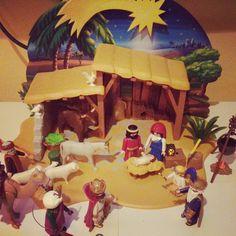 Se armó el #belén! ya empieza a oler a #navidad en mi #casa. Pronto os enseño el arbol ;) #christmas #playmobil #igersbarcelona