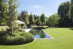 Country Pool, English Garden Design, Small Pool Design, Evergreen Garden, Swiming Pool, Backyard, Patio, Pool Decks, Pool Houses