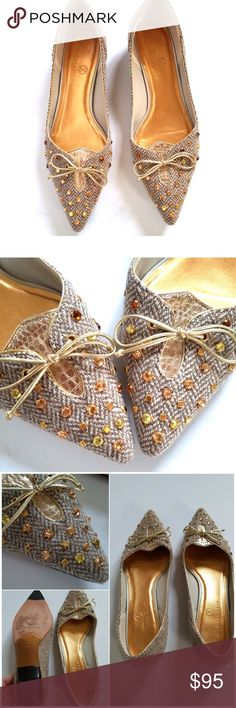 Cole Haan Tweed Jeweled Flats Beautiful Cole Haan Tweed Pointy Toe Jeweled Accented Flats. Size 8B. Perfect for Fall! Worn 2x. Slight wear to bottoms, as shown. Otherwise, in excellent, like new condition! No rips, tears, stains. No Trades! Cole Haan Shoes Flats & Loafers