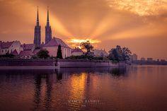 Ostrów Tumski sunrise | Poland, Wrocław, Ostrów Tumski islan… | Flickr