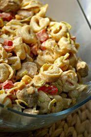 Sałatka tortellini z kurczakiem i nutą curry Tortellini, Tasty Dishes, Food Photo, Pasta Salad, Potato Salad, Macaroni And Cheese, Salads, Food And Drink, Meals