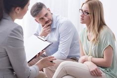 Advantages Of Being The First To Meet With A Divorce Lawyer