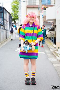 20-year-old Harukyan on the street in Harajuku wearing a resale outfit with accessories from 6%DOKIDOKI. Full Look
