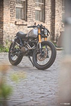 ϟ Hell Kustom ϟ: Honda CL250 By Mokka Cycles