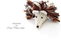 crochet hedgehog, brown, black, grey, rose valley's photos, inspiration, home decor, christmas, xmas, organizing, wedding, animal, macro, wood, forest, mammal, insectivorous, cute, amigurumi, toy, hosszú tüskéjű horgolt süni
