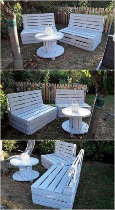 Used Outdoor Furniture, Wooden Garden Furniture, Diy Pallet Furniture, Diy Pallet Projects, Outdoor Decor, Outdoor Sofa, Furniture Ideas, Rustic Furniture, Antique Furniture