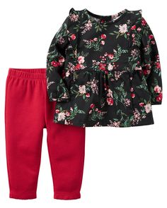 From the classroom to the playground, stretchy leggings and a breezy floral top make a classic outfit combo.