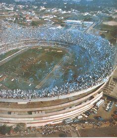 Recorde de público do Estádio do Morumbi: 146.082 pagantes. Ele foi registrado no 2º jogo da final do Campeonato Paulista de 1977, entre Corinthians x Ponte Preta!