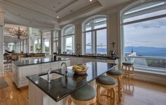 This kitchen is the perfect space to cook and enjoy the views