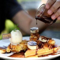 Bikin ngiler nih makanan di @sonomaresto  difoto sama #penggemarkuliner @sannychr  cek langsung ke Jl. Bengawan no. 33  bandung .