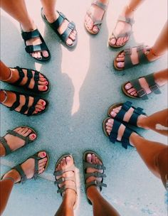 Cute shoes, me too shoes, summer aesthetic, birkenstocks, birkenstock sanda Birkenstock Sandals, Birkenstock Florida, Cute Shoes, Me Too Shoes, Trendy Shoes, Vsco, Summer Outfits, Cute Outfits, Hippy Chic