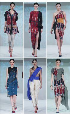 Ikat Indonesia by Didiet Maulana meluncurkan koleksi terbarunya untuk fall/winter 2013. Kali ini bukan tenun Ikat dari Indonesia yang diangkatnya, melainkan Ikat India.