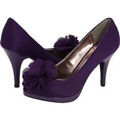 If your going to wear heels please make sure they're at least 5 or 6 inches high. Purple Love, All Things Purple, Purple Rain, Shades Of Purple, Purple Stuff, Deep Purple, Purple Wedding Shoes, Purple Pumps, Wedding Colors