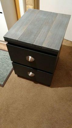 die besten 25 malm nachttisch ideen auf pinterest ikea malm nachttisch 50er jahre. Black Bedroom Furniture Sets. Home Design Ideas