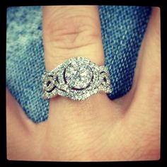 My oh so so beautiful ring! I love you to the moon and back Jason Elijah!