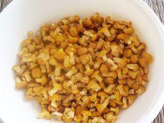 #Eierschwammerl haben wieder Saison. Wunderbare Rezepte mit dieser einzigartigen Köstlichkeit gibt es auf www.gutekueche.at Chana Masala, Vegetables, Ethnic Recipes, Food, Essen, Vegetable Recipes, Meals, Yemek, Veggies