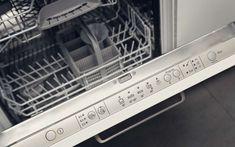 Cuisines Design, Washing Machine, Home Appliances, Red Kitchen, Kitchen Appliances, Minimalist Kitchen, House Appliances, Domestic Appliances