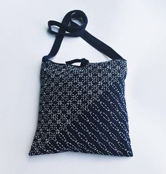 Hey, I found this really awesome Etsy listing at https://www.etsy.com/listing/543105070/hand-stitched-shoulder-bag-sashiko