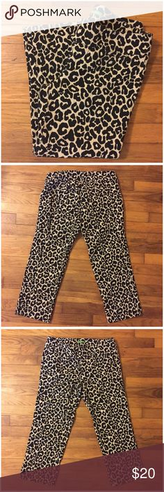 "Lilly Pulitzer Leopard Print Palm Beach Fit Capris Lilly Pulitzer Leopard Print Palm Beach Fit Capris --- size 6 --- 100% cotton --- textured cotton --- flat front waistband --- 16"" waist when measured flat --- 8""/14"" rise front/back --- 23"" inseam --- 2.5"" vent at ankles --- 7.5"" ankle opening --- 2 back pockets ---  two back pockets --- the pant shave very slight wear around the waistband as pictured --- good preloved condition --- thank you for visiting my boutique, please feel free to…"
