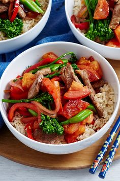Toss this quick lamb and tomato stir-fry together for a midweek meal to satisfy. Healthy Meals, Healthy Food, Healthy Recipes, Lamb And Rice Recipe, Midweek Meals, Chicken Stir Fry, Rice Dishes, Rice Recipes, Fries