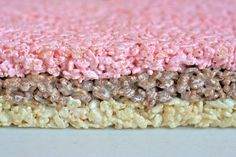 Neapolitan Rice Krispie Treats ~ per comments add strawberry jello (dry) to regular marshmallow mix instead of purchasing strawberry fluff Rice Crispy Treats, Yummy Treats, Delicious Desserts, Sweet Treats, Dessert Recipes, Dessert Ideas, Yummy Recipes, Recipies, Healthy Recipes
