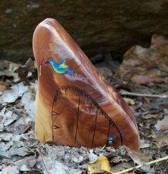 Natural Cedar Wood Fairy Door with a Hummingbird 3 1/4 inches tall, Dali Door